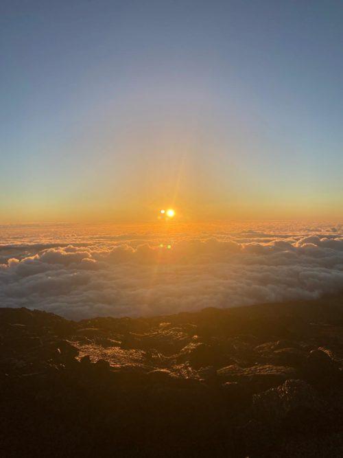 Crédit photo : Camille P - Lever de soleil au Piton de la Fournaise